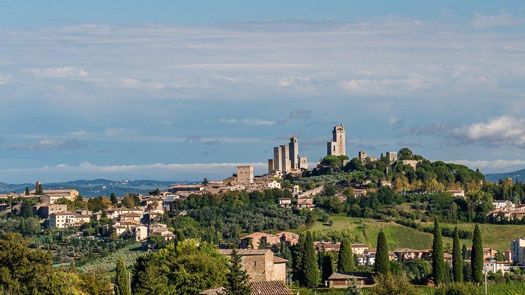San Gimignano aus der Ferne