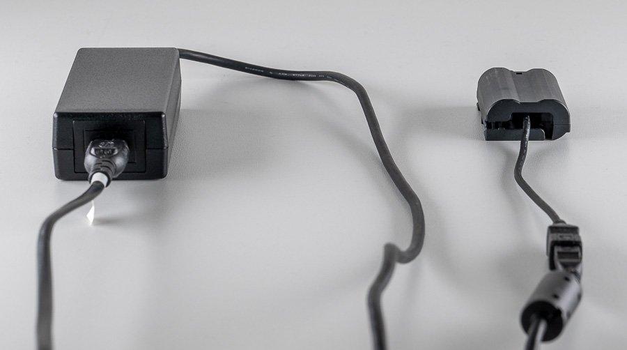 Nikon AC Adapter EH-5b und Power Connector EP-5B