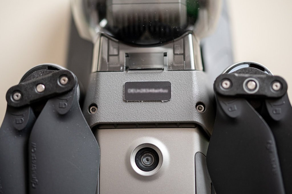 Drohnenplakette mit der UAS-Betreiber-ID